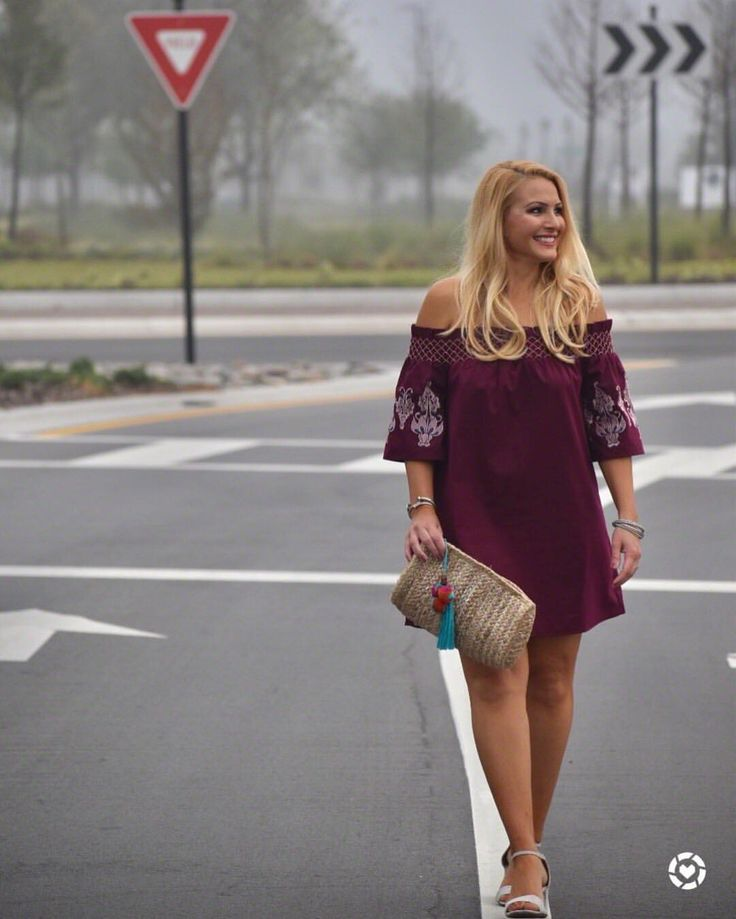 """Jenn Truman (@jtstjtst11) on Instagram: """"🚧FIRST DAY OF SPRING: Yielding to spring time and pulling out all my off the shoulder shift dresses…"""" #springfashion #springtrends #springtime #shiftdress #offtheshoulder #whiteheels #clutch #street2beachstyle #springdress Website: www.street2beachstyle.com"""