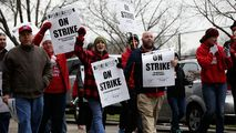 CPS Parents Call on Emanuel in Push to Avoid Teachers Strike - http://www.nbcchicago.com/news/local/CPS-Teachers-Strike-396519501.html