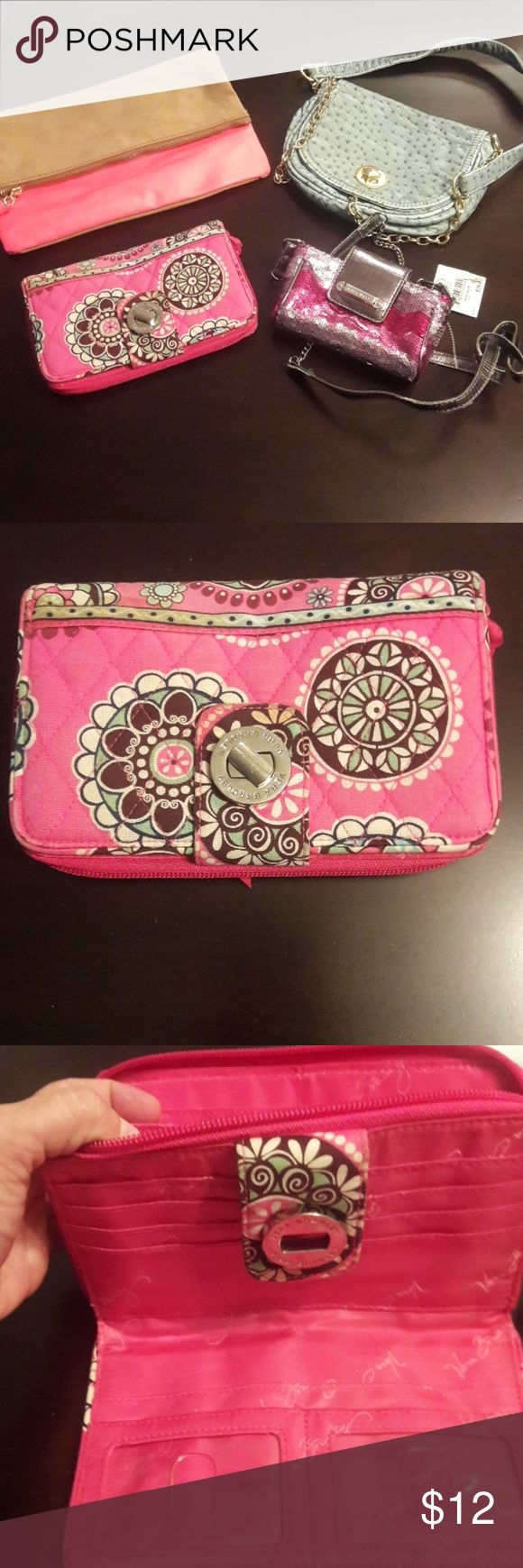 Vera Bradley, Nine West, H&M, Forever21 Bag Lot Vera Bradley, Nine West, H&M, Forever21 Bag/Wallet lot,  Vera Bradley Wallet, in good used condition Nine West Sequin , w/ tags , ok condition  H&M pink & tan clutch,  good condition Forever 21 Teal crossbody bag , good condition   I'm selling in a lot, will not split up. Vera Bradley Bags