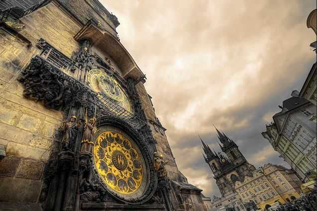 Prague Astronomical Clock | It is one of the milestones in medieval engineering