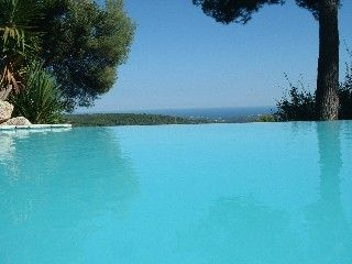 Sea views from the pool and from every room at Villa 'Pura Vida'! Holiday Rental in Tourrettes-sur-Loup from @HomeAwayUK #holiday #rental #travel #homeaway