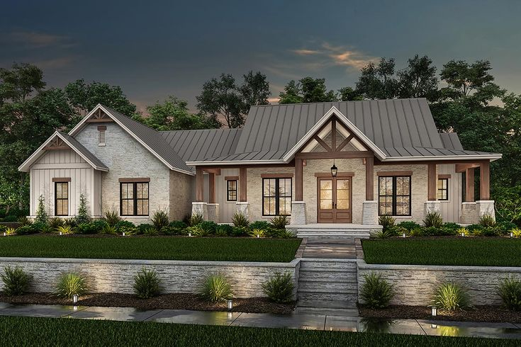 Plan 51838hz Split Bedroom Hill Country House Plan With Large Walk In Pantry Farmhouse Style House Farmhouse Style House Plans House Plans Farmhouse Traditional house plan 80801
