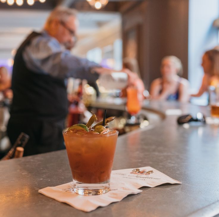 The Carousel Bar & Lounge: How New Orleans starts its Saturday.