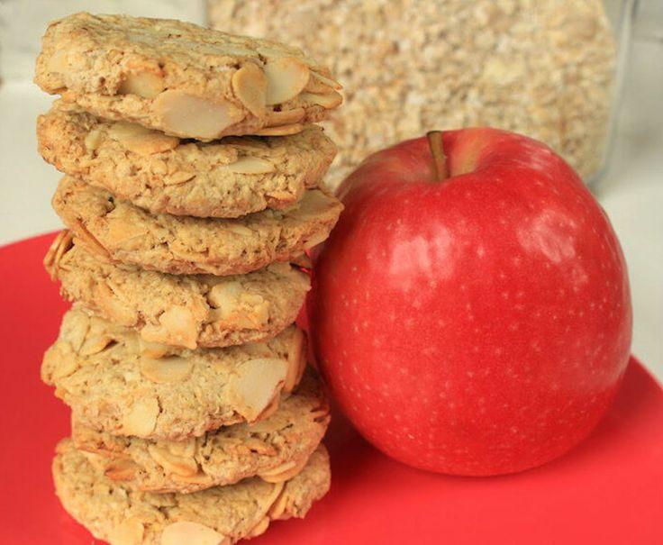 Biscuits à la pomme, huile de coco, amande effilée et flocons d'avoine