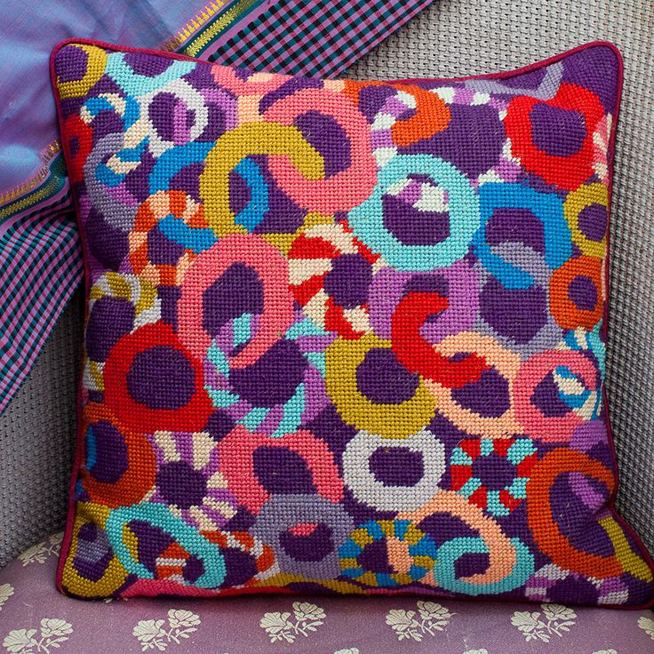 "Brandon's LOOPY 14"" needlepoint cushion kit design"