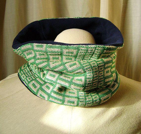 Cache-cou cache col tricoté motif code binaire vert par Emillye