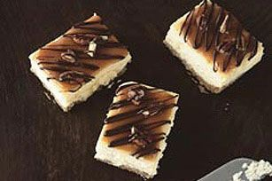 Caramel-Pecan Cheesecake Bars recipe