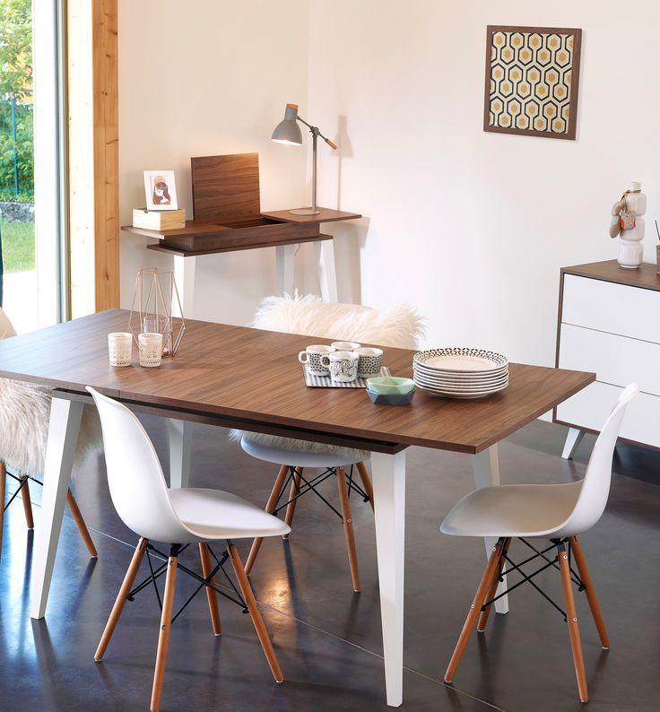 Une salle à manger au style nordique avec les meubles de la collection prism symbiosis