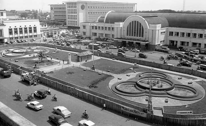 Stasiun Beos/Jakarta Kota 1972