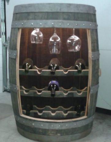Unique rack a vins pour 15 bouteilles. Support a verres +-9 salon grosseur.Lumière Led .