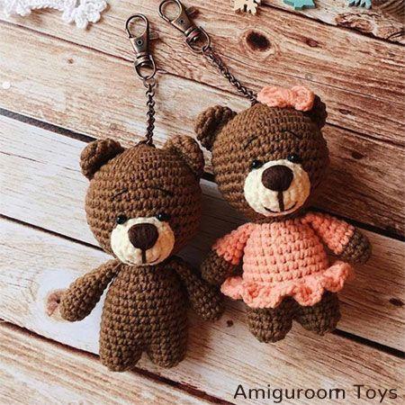 A free crochet pattern of an Amigurumi Teddy Bear. Do you also want to crochet t…