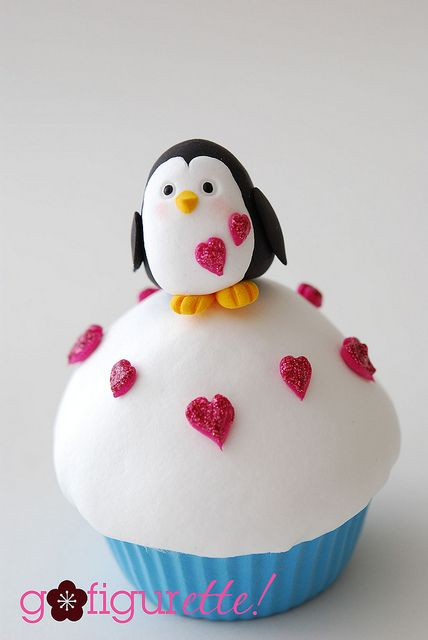 Penguin with hearts cupcake