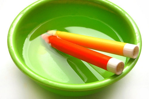 How to Revive Dried Out Markers with Step-by-Step Pictures: Dry Outs Markers, Crafts Ideas, Kids Stuff, Kiddo Crafts, Dead Markers, Revival Dry Outs Mark, Handy Ideas, Classroom Ideas, Crafty Ideas