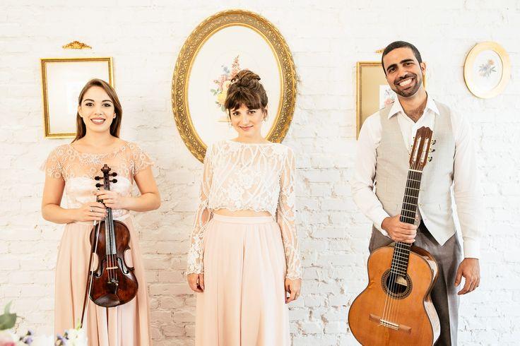 Formação Romântica (Voz, Violão e Violino) | Foto de Flávia Valsani