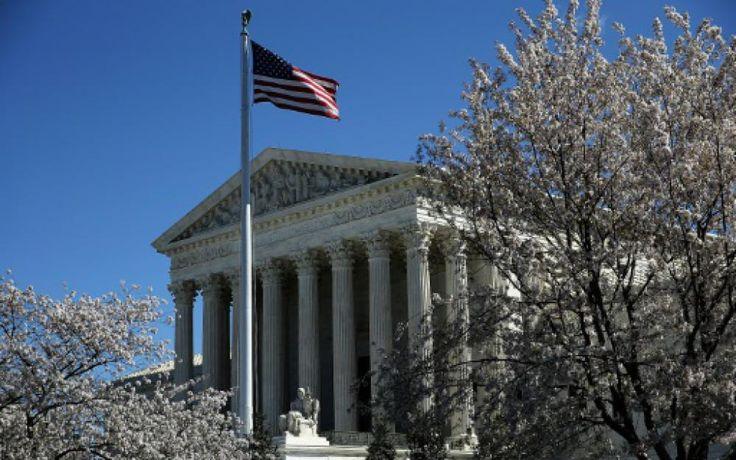 Une décision de la Cour suprême des Etats-Unis a ouvert lundi un boulevard pour le projet de bibliothèque numérique géante de Google, qui devrait r...