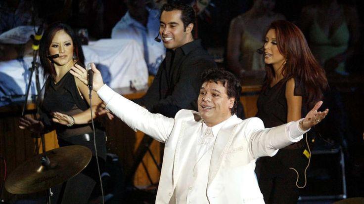 """Juan Gabriel consideraba que """"todo sucede para mejor, el PRI y yo lo sabemos""""."""