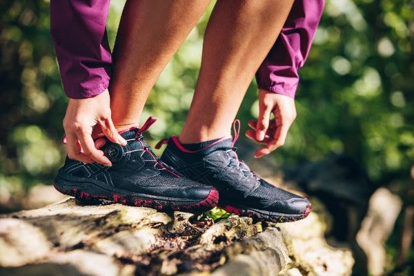 I don't know about you but my Laces are always an irritation when I run, I have yet to run with this system but I'm very excited for the technology –Bye-bye to pushing laces into the side of my shoe! followed link in Bio or below, ⏬⏬⏬⏬⏬⏬⏬⏬⏬⏬⏬⏬⏬ http://jbrobinblog.com/2017/07/12/asics-launches-gel-fujirado/  #gelfujirado #boa #boasystem #jbrobinblog #launch #ASICS #productreview #new #excited #intothewild #trail #Wilderness #blogpost #shoes