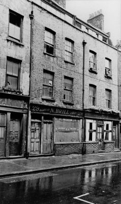 Front facade of 29 Hanbury Street, August 1967, not long before these buildings were demolished for construction of a large brewery. Photo courtesy Tower Hamlets Local History Library [near current location of Oh My Love Women's Shop]