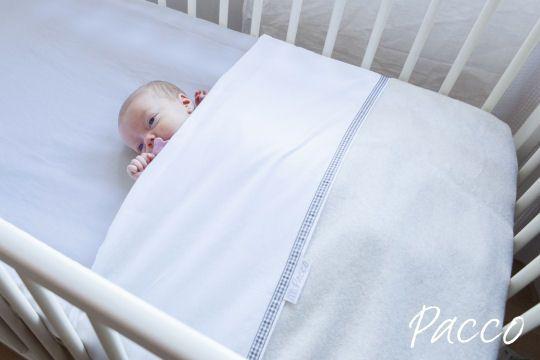 Pacco ledikantlaken voor baby's die hun deken los schoppen