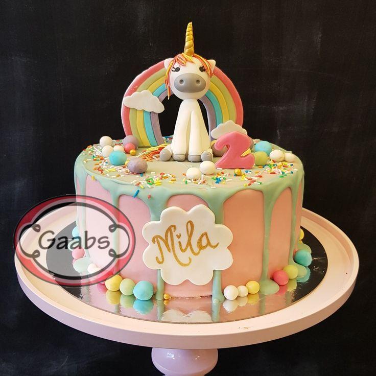 Unicorn rainbow dripcake  in pastelcolors