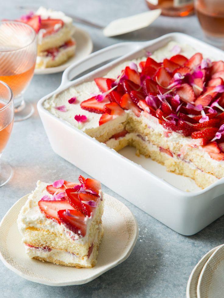 Strawberry Tiramisu   spoonforkbacon.com