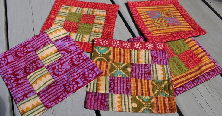 The last time I visited my sister and brought her a small quilted gift: a potholder. Make this small project for your own kitchen or to gift to a friend.