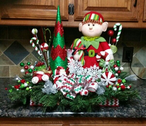 Elf centerpiece i made christmas pinterest elves
