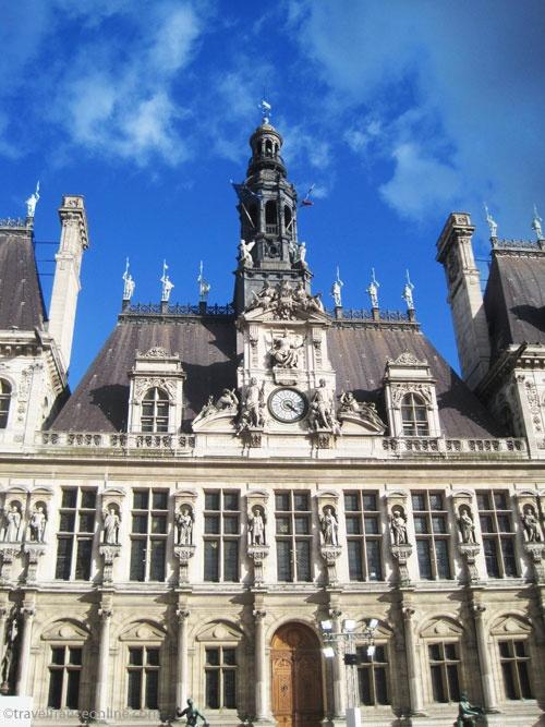 H tel de ville a masterpiece of renaissance architecture for Architecture renaissance