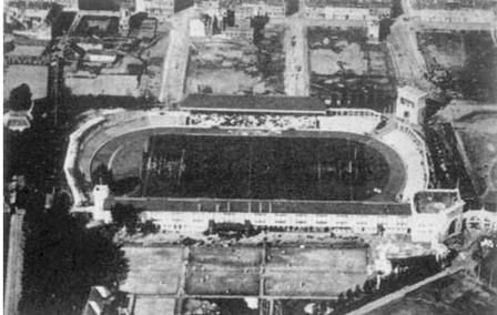 The Olympisch Stadion was built as the main stadium for the 1920 Summer Olympics in Antwerp. It hosted the athletics, equestrian, field hockey, football, gymnastics, modern pentathlon, rugby union, tug of war and weightlifting