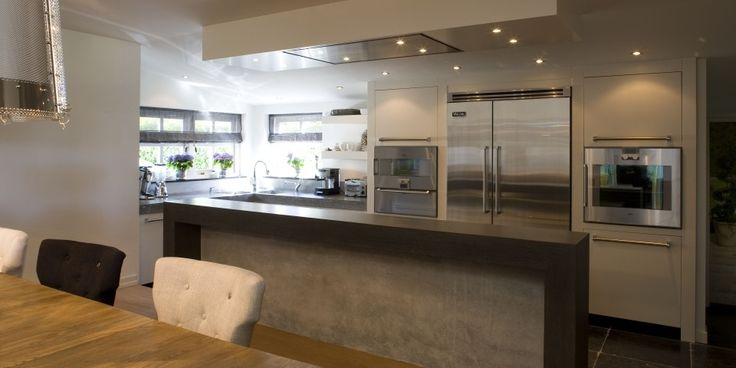 Paul van de Kooi - luxe keukens met kookeiland