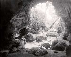 Meyer-and-friends-at-Kliphuis-cave-.jpg (300×239)