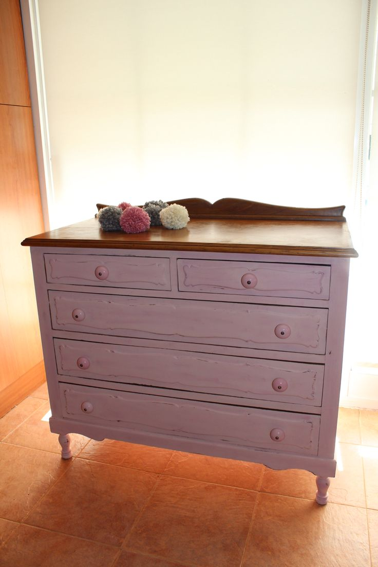 Cómoda en rosa y fucsia antiguo autentico chalk paint / chest of drawers  painted in old pink and old fuchsia autentico chalk paint