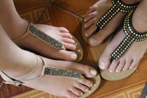 fashion accessories-ethnic flats