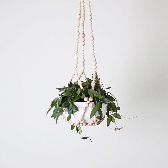 beaded plant hanger: Bathroom Design, Plants Hangers, Modern Planters, Hanging Plants, Beads Plants, Air Plants, Natural Wood, Hanging Planters, Beads Hanging