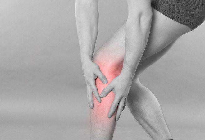 Um fenômeno raro tem sido registrado com maior frequência: a rabdomiólise. Com o exercício extremo, os músculos quebram e enviam proteína muscular em excesso para a corrente sanguínea, sobrecarregando os rins. Há casos que exigem semanas de internação e diálise. Saiba mais e veja como evitar.
