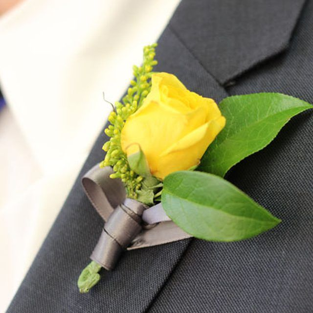 It's easy to make your own boutonniere.