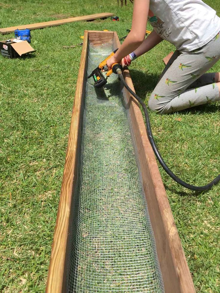 How We Made An 8 Foot Planter Box With Images Diy Planters