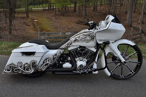 """Road Glide Custom""  Very nice! I love the flow of the graphics on this bike. Awesome design. -LDJ Auto Body, http://www.ldjautobody.com/motorcycle-paint-body/"