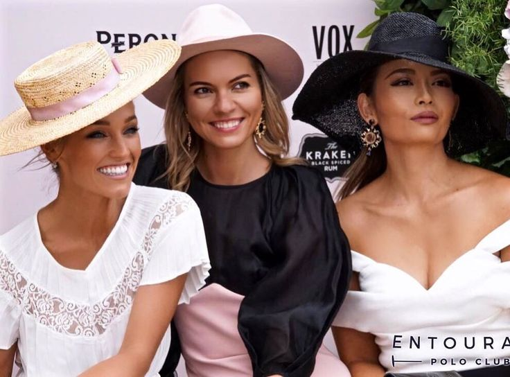 Throwback to Portsea Polo 2017 and the gorgeous souls that are @chivyc_ and @brookelockett wearing custom @laudertaylormillinery featured here with the stunning Dasha @thetrendspotter  Thanks to @entouragepolo for the pic xx