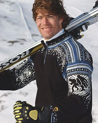Osterdalen by Dale of Norway / Dale Design...Gorgeous!...the sweater too ;->