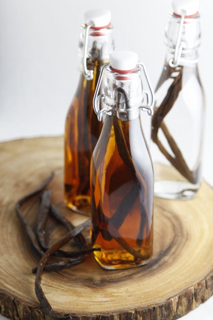 DIY ::: Vanilla Extract ( Totally Brilliant Idea)