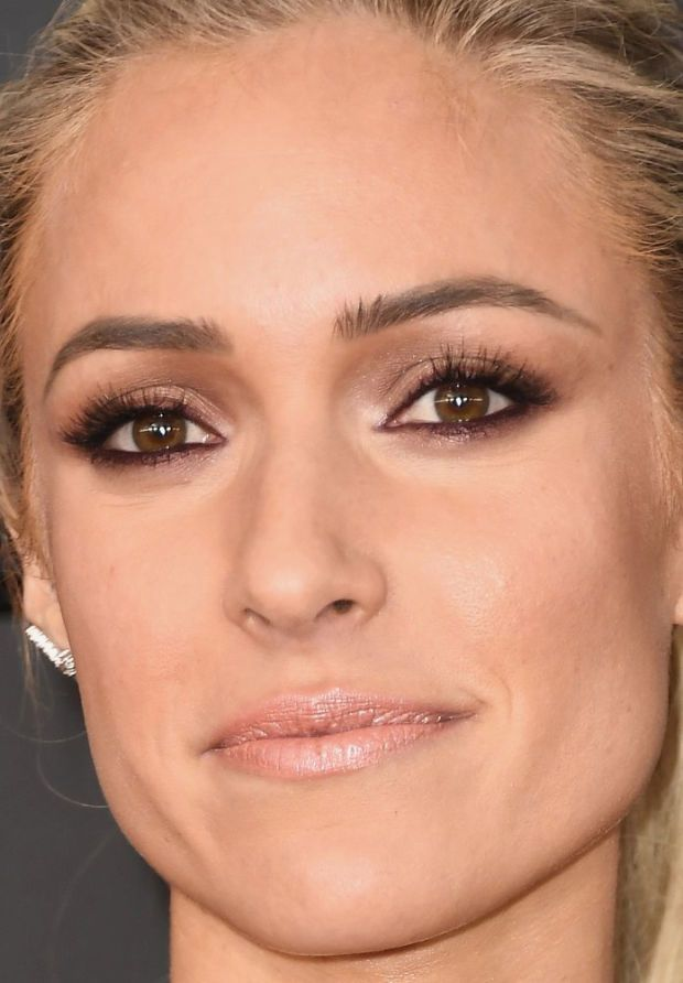 Close-up of Kristin Cavallari at the 2017 Grammy Awards.