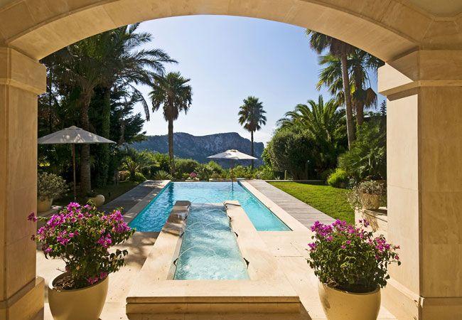 Villa de lujo in Las Brisas, #Spain, #perfectpool #outdoorliving #garden #PortAndratx