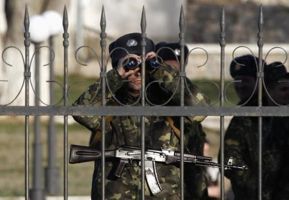 PHOTO: Ukrainian soldiers, village of Lyubimovka near local airfield, SW of Simferopol March 3. #Ukraine