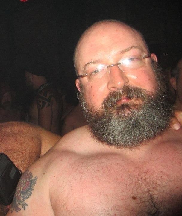 Singles muscle men nepa