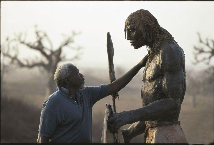 Ousmane Sow, grand artiste sculpteur sénégalais fait des prodiges de ses mains