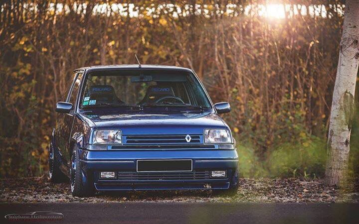 Renault 5 GT Turbo Blu