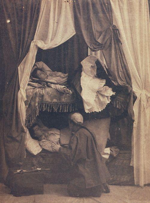 Women in an opium den - 1897