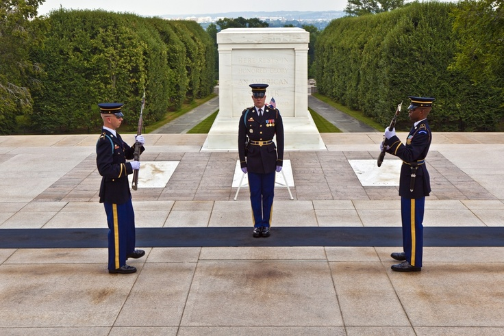 Arlington Cemetary, Guarding the grave of the unknown Soldier, Washington DC, USA.