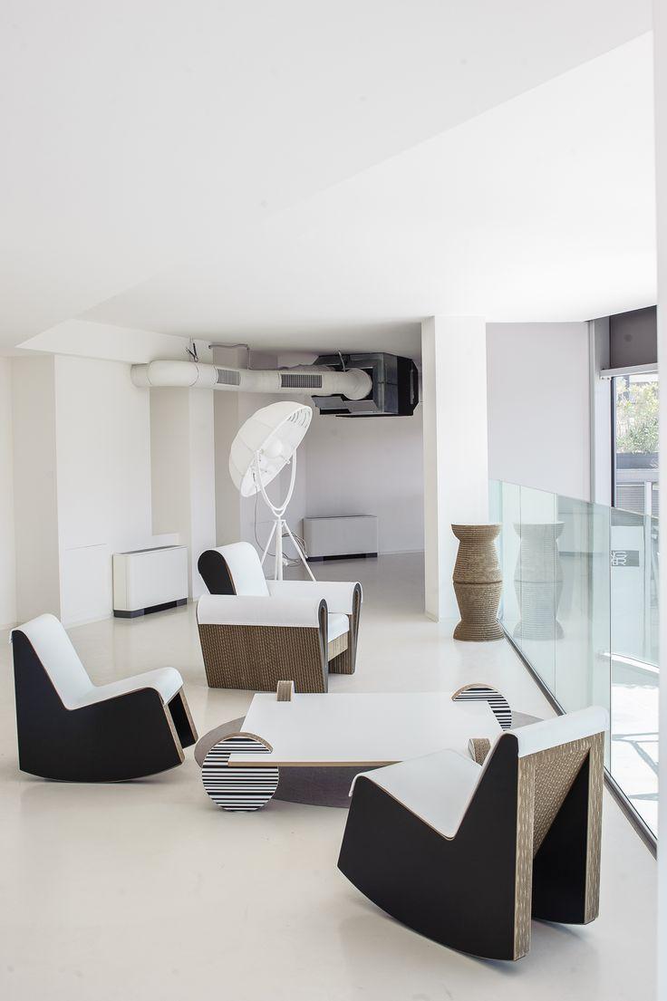 Proposta di salotto con poltrone Swing, tavolino Wheel e poltrona Dahila www.staygreen.it